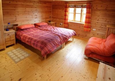 Pine_Bedroom
